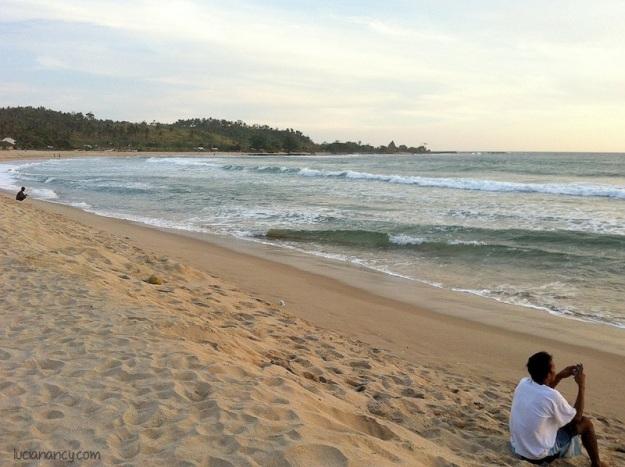Menjelang senja di Pantai Ciantir.