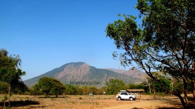 Taman Nasional Baluran dinamai dari gunung yang ada di dekatnya, yaitu: Gunung baluran.
