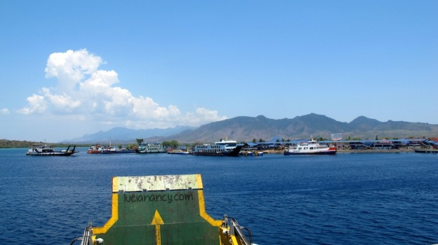 Baru foto-foto sebentar, eh udah keliatan Pulau Balinya!