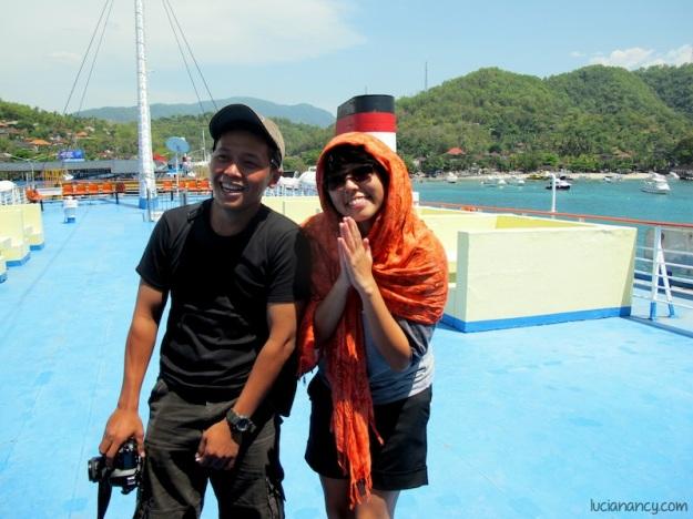Bersama Bang Iman, salah satu driver yang berlogat Betawi kental. Selama perjalanan, ia selalu meramaikan HT dengan pantun-pantunnya yang lucu.