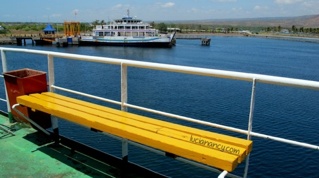 A beautiful yellow bench, my favorite spot on the ship.