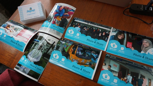 Thanks to Kang Helmi & Jepret Story yang bikin acara Travel n Blog jadi lebih berwarna..
